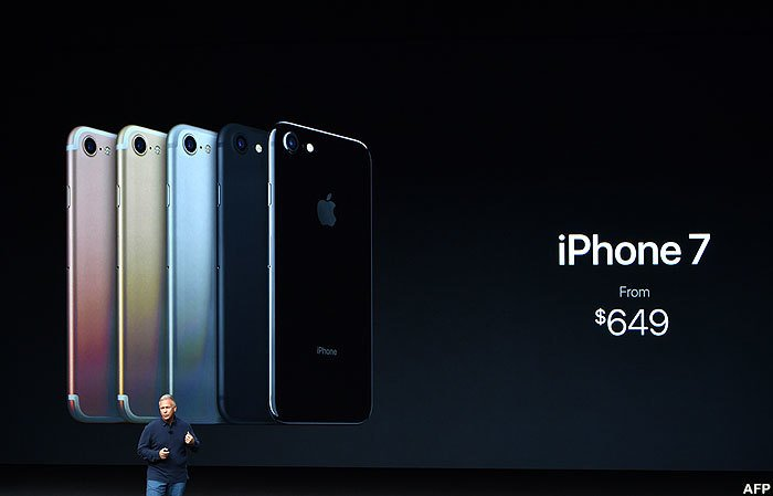 Phil Schiller talks about the tenth anniversary of the iPhone and its future