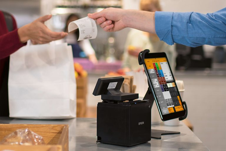 Square Register, the iPad becomes the cash register of the future