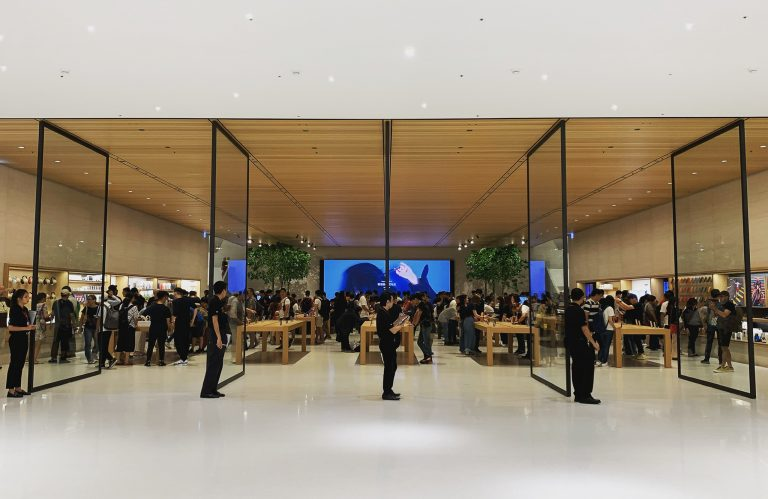 This is what the Apple Xinyi A13 looks like, the next big Apple opening in Taipei