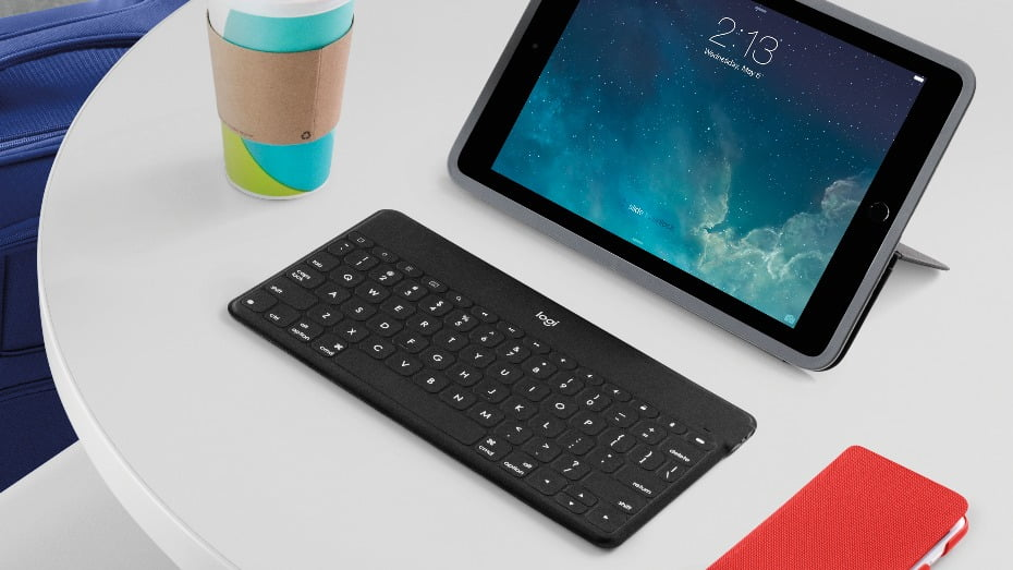 Three physical keyboards for the iPhone 44S