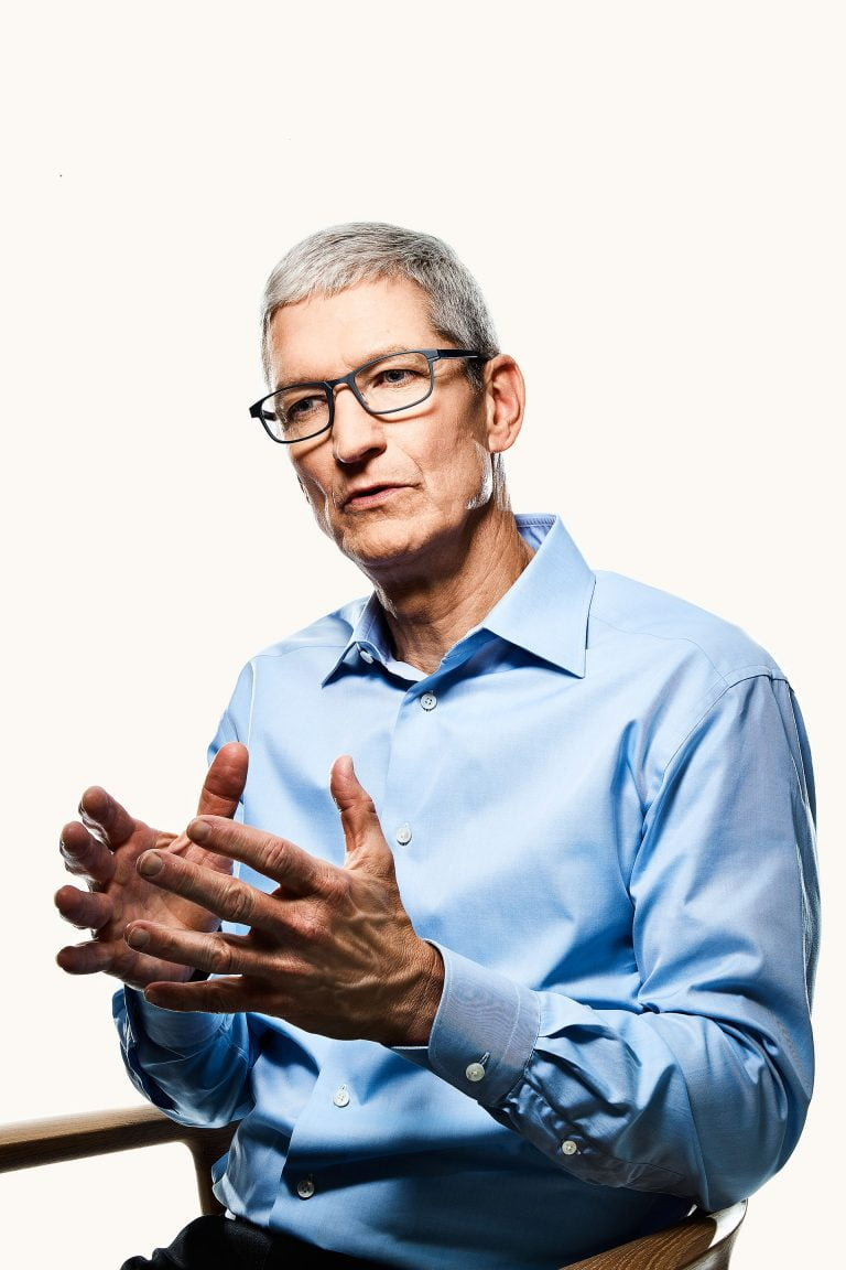 Tim Cook wants the Apple Store to sell more iPhones, but that's not as easy as it looks