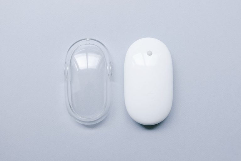 Turn an old Apple mouse into a wireless one
