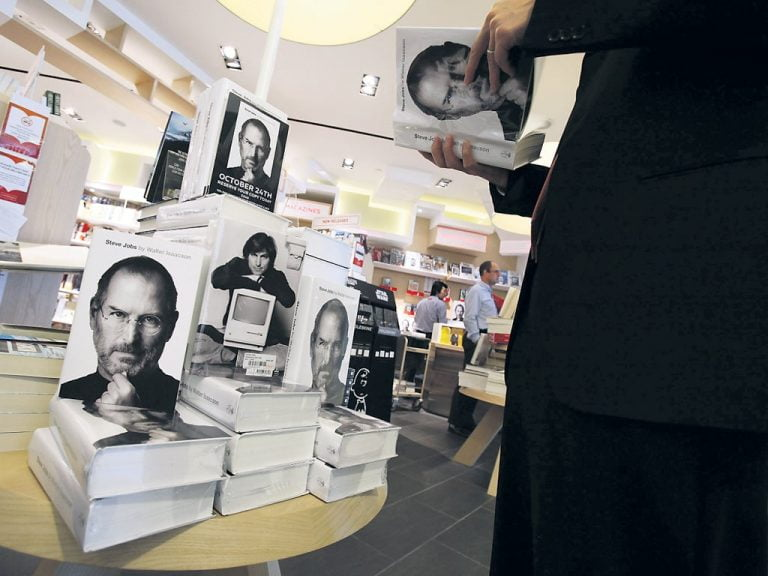 Walter Isaacson reveals more details of Steve Jobs' TV