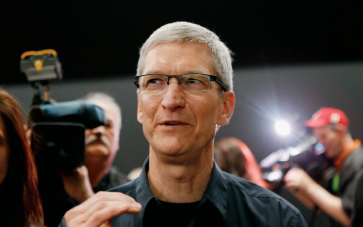 Tim Cook addresses his employees and is optimistic about Apple's response to the coronavirus